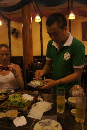 Vietnam Awesome Travel - Day Tours: Cooking class