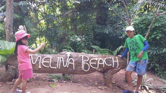 Melina Beach Resort Pulau Tioman Malaysia: A walk towards Kampong Paya