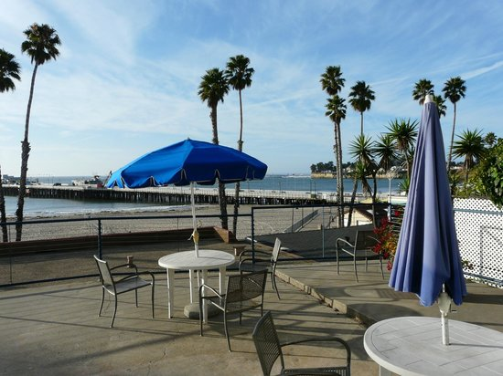 Casablanca Inn on the Beach: The great balcony and wharf view