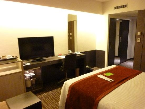 Courtyard Tokyo Ginza Hotel: 清潔でシンプルな客室