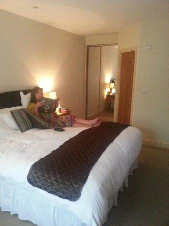 The Royal Oak: Large comfortable bedroom