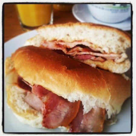 Bolster Moor Coffee Shop: The award winning bacon buttie!