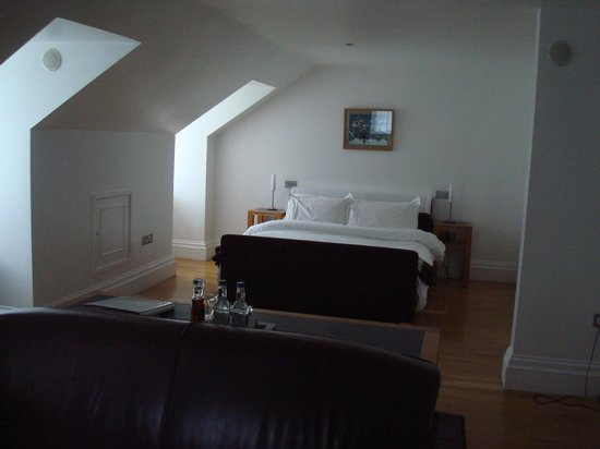 Castell Deudraeth: Room 4 - Lovely large bright room