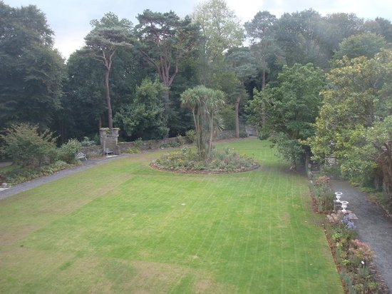 Castell Deudraeth: View to garden from one of 4 winddows
