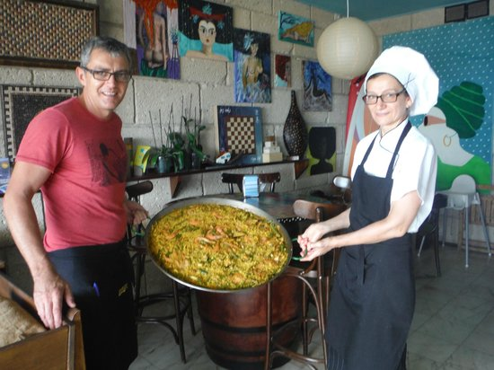 Agua Cafe : Paella (Domingo-Sunday)