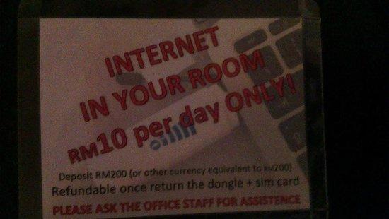 Pom Pom Island Resort & Spa: Internet for RM10...