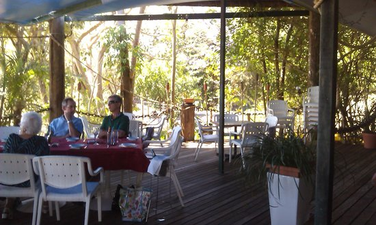 Gatakers Landing Restaurant: The shady deck