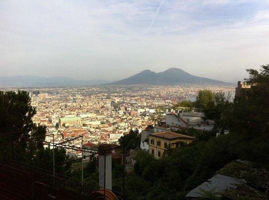 Hotel Correra 241 : Vue of Napoli from St-Martino Certrosa