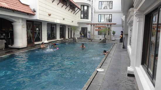 pool side picture of anandha inn convention centre suites pondicherry tripadvisor