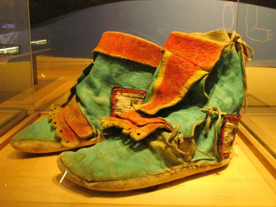 Bata Shoe Museum: Shoes from distant cultures
