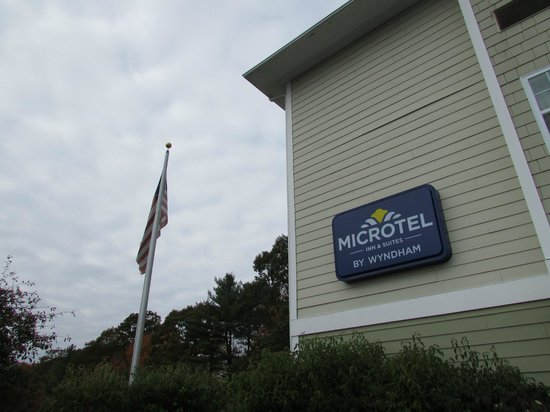 Microtel Inn & Suites by Wyndham York: Microtel York, Maine