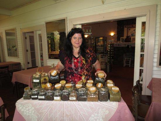 Wai'oli Tea Rooms: Huge selection of teas