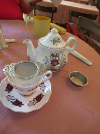 Wai'oli Tea Rooms: Great china