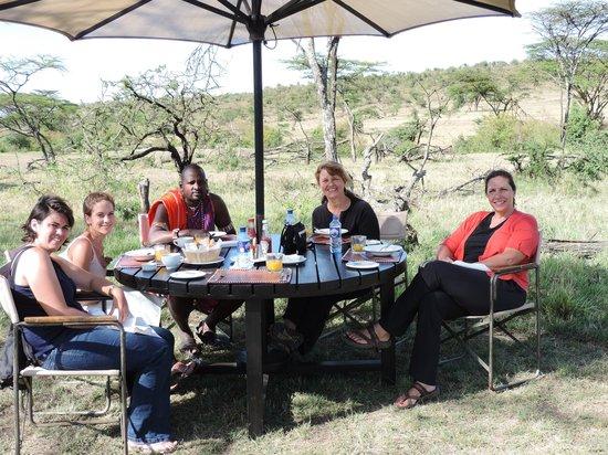 Basecamp Masai Mara: Darobo camp dining