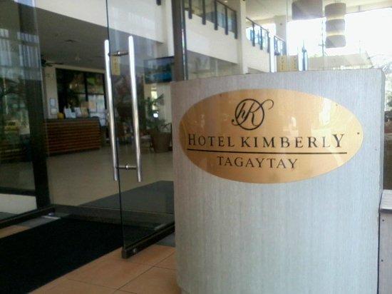 Hotel Kimberly: main entrance