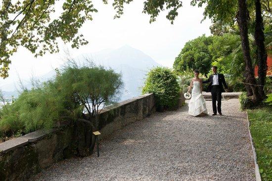 Hotel Villa Cipressi: Part of the gardens