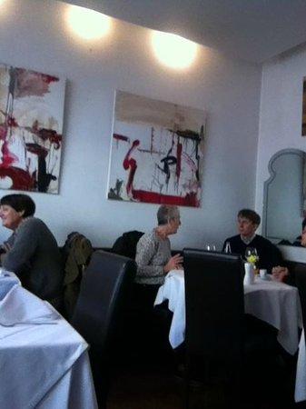 Chez Auguste : Salle à manger