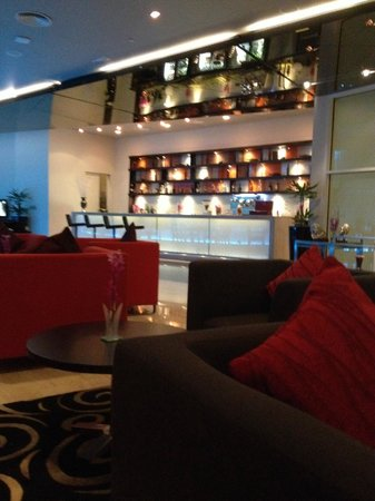 Grand Millennium Al Wahda : Executive lounge