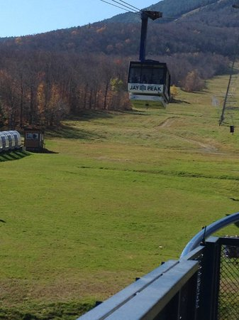 Phineas Swann Bed and Breakfast Inn: Tram at Jay Peak
