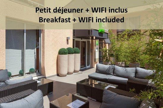 Ibis Styles Beaulieu-sur-Mer : Entrée de l'hôtel