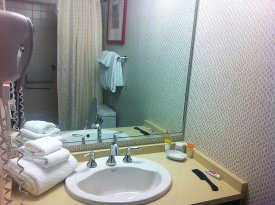 Bally's Atlantic City: Bally's Room 2055 Claridge Tower