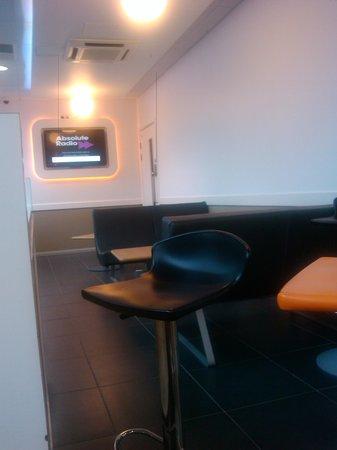 Hotel ibis budget London Whitechapel - Brick Lane: Recepción