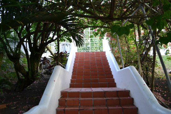 Marigot Palms Luxury Caribbean Guesthouse and Apartments: Entrance