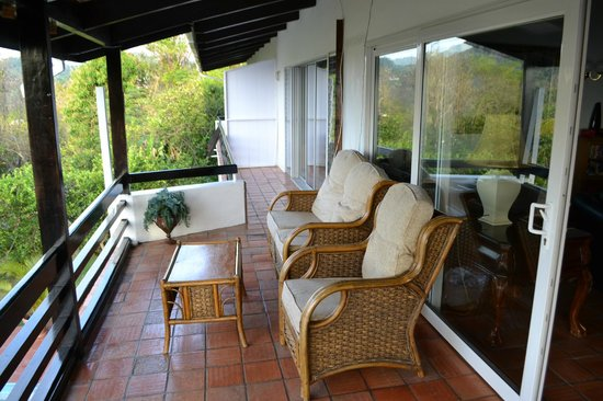 Marigot Palms Luxury Caribbean Guesthouse and Apartments : Balcony
