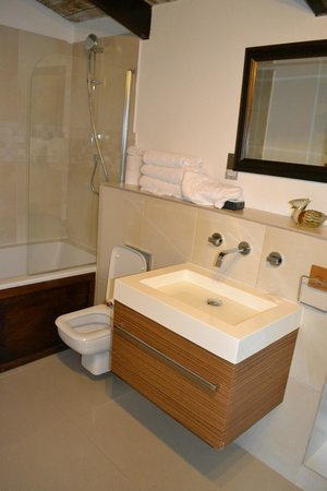 Marigot Palms Luxury Caribbean Guesthouse and Apartments: Bathroom