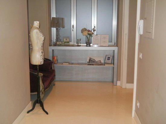 House 5 Room Design: Ingresso