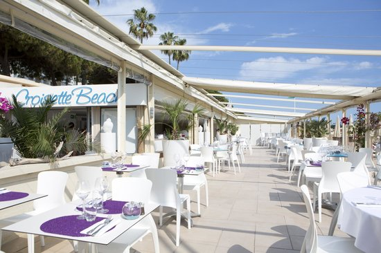 Mercure Cannes Croisette Beach: Restaurant Private Beach