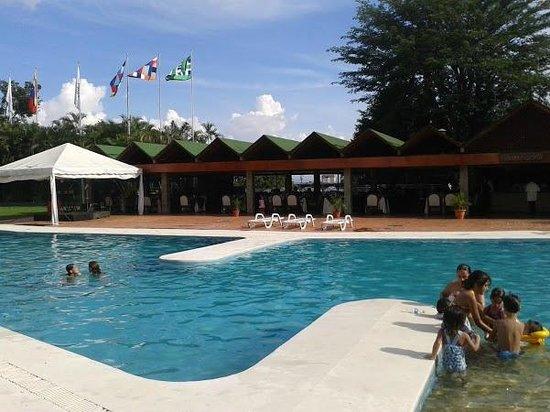 Hotel venetur valencia desde venezuela for Hoteles en valencia con piscina