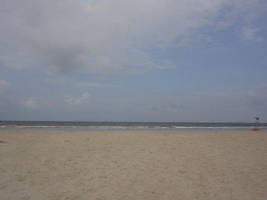 Utorda Beach: good morning, utorda!