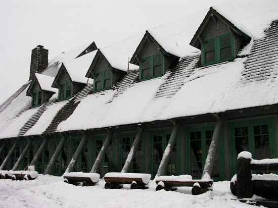 Paradise Inn at Mount Rainier : Paradise Inn