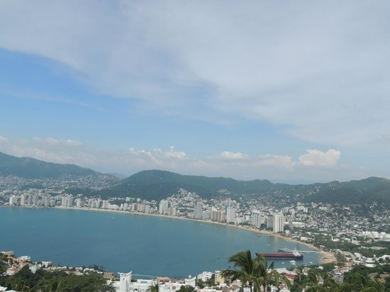 Las Brisas Acapulco : Vista en el día desde la habitación