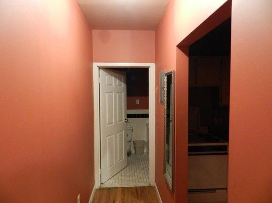 Efuru Guest House : corridoio