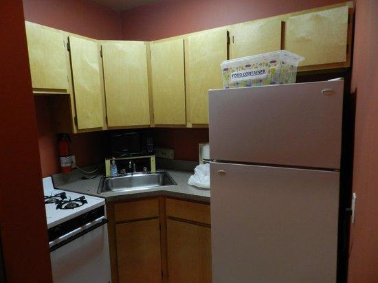 Efuru Guest House: cucina