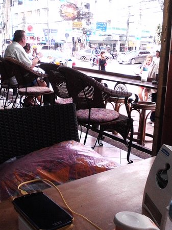 Anton Restaurant