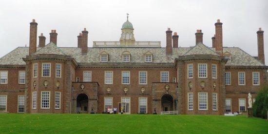 Castle Hill Ipswich Tours