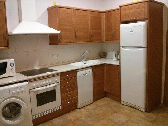 Apartamentos Living Valencia : Cocina