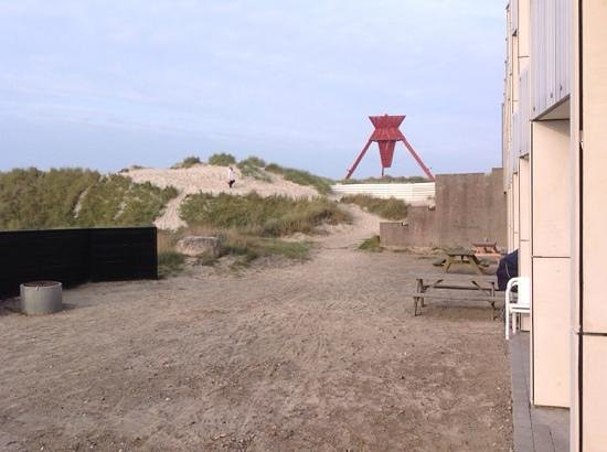 Danland Ferienpark Blokhus: Fællesområde mellem Blok A og stranden