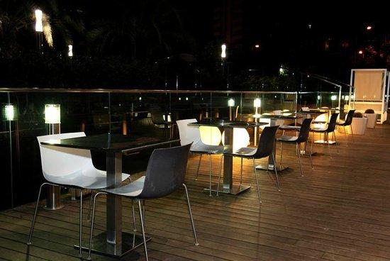 Terraza Hotel Primus Valencia Fotografía De Hotel Primus