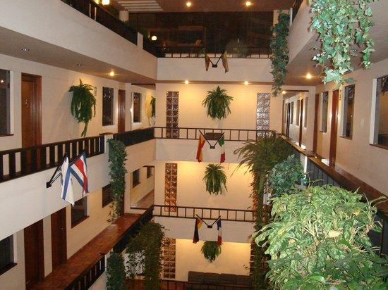 Hotel & Casino Boulevard: Área dos quartos