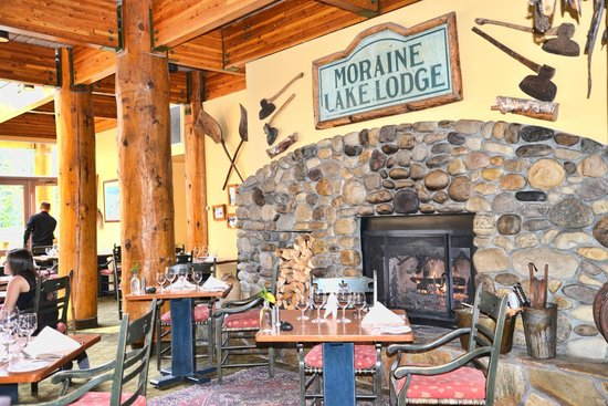 Moraine Lake Lodge restaurant