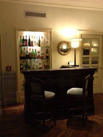 Hotel Alpi: lobby bar