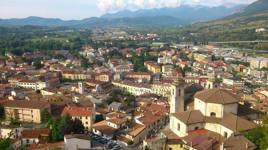 Il Lavatoio : Panorama su Castel di Sangro - consiglio la passeggiata