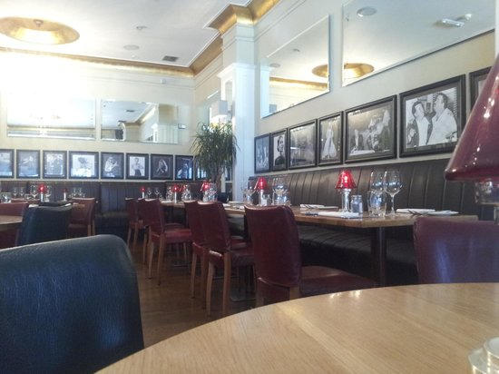 Marco Pierre White Steakhouse and Grill: The dinner room