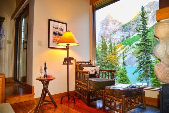 The Moraine Lake Lodge Our Cabin Picture Of Moraine Lake