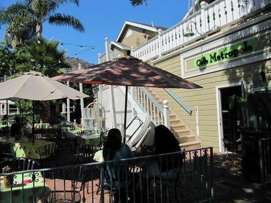 Cafe Metropole: Outside