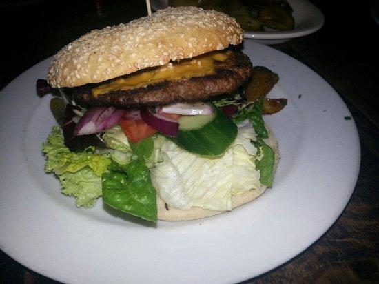 Paludan's Book & Cafe: Great burger
